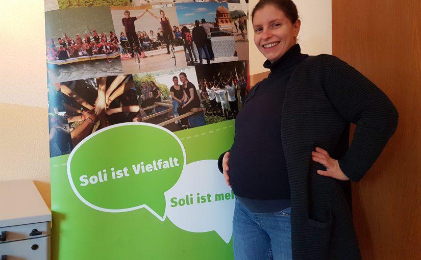 Au revoir, Géraldine! Jugendbildungsreferentin im Mutterschutz